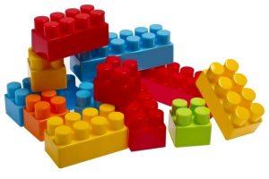 نقش خانه سازی ها در پرورش توانایی های کودک